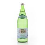 Eau minérale gazeuse, bouteille en verre